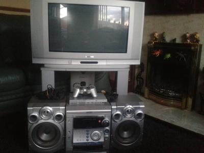 TV,  MUSIC SYSTEM, PS2 SLIM + LEADS