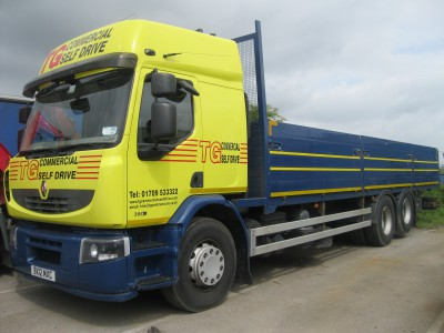 Hire 18 tonne lorry rental to get rid of all your moving woes