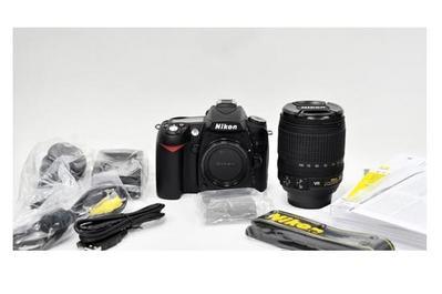 Nikon D90 12MP DSLR Camera
