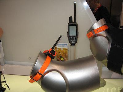 GARMIN ASTRO 220 GPS DOG TRACKER   5 DC 40 COLLARS .....$550 usd