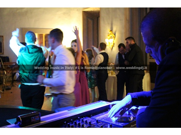 Music Wedding Italy in Barnet