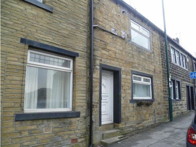 2 BEDROOM TERRACED HOUSE TO RENT BD7 GREAT HORTON ROAD NEAR TESCO EXTRA in Bradford