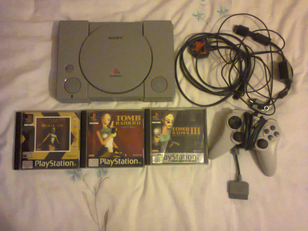 Sony Playstation 1 (PS1) Console with Tomb Raider I, II & III in  Shirehampton