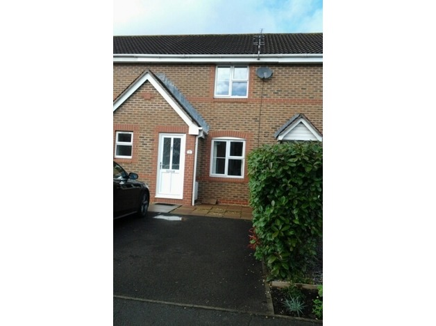 2 bedroom house Undy/Magor/Monmouthshire, nr junction 23 M4 in Caldicot