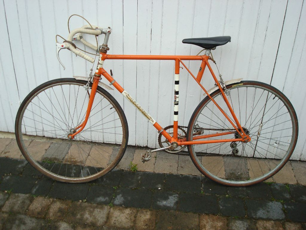 WANTED: BAINES CURLY HETCHINS (BATES (WITH CURLY FRONT FORKS) & EPHGRAVE CLASSIC VINTAGE RACING