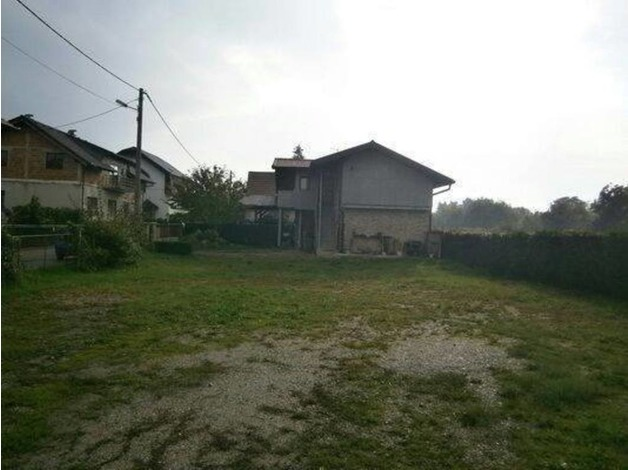 3 Bedroom House With a Big Yard in the Capital of Croatia in Canterbury