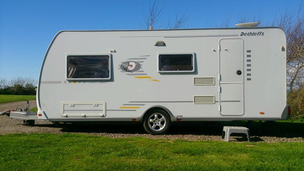 Dethleffs DL-540 Luxury 4 Berth Caravan, 2004, With End Washroom and Full Size Corner Shower in 