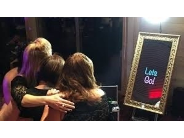 Magic Mirror Photobooth Hire in Eastleigh