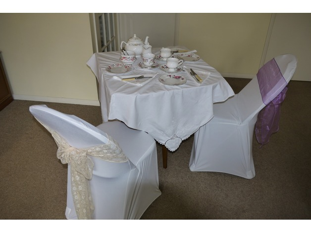 Vintage China Hire.From 50p cup and saucer only. in Eastleigh