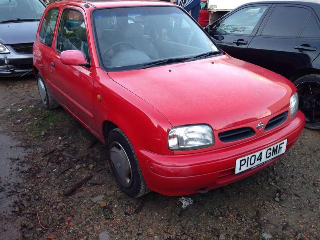 Breaking nissan micra - Nissan Micra car parts spares repairs old shape in 