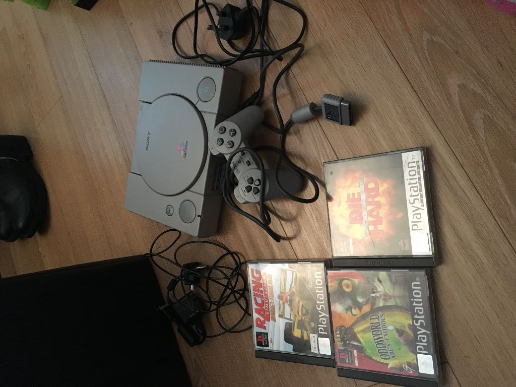 playstation 1 console with games! in  Saffron Walden