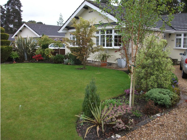 DETACHED BUNGALOW 4 BED 3 BATH ALL GRD FLOOR, USE AS 3 BED WITH 1 BED  ANNEX in Ferndown