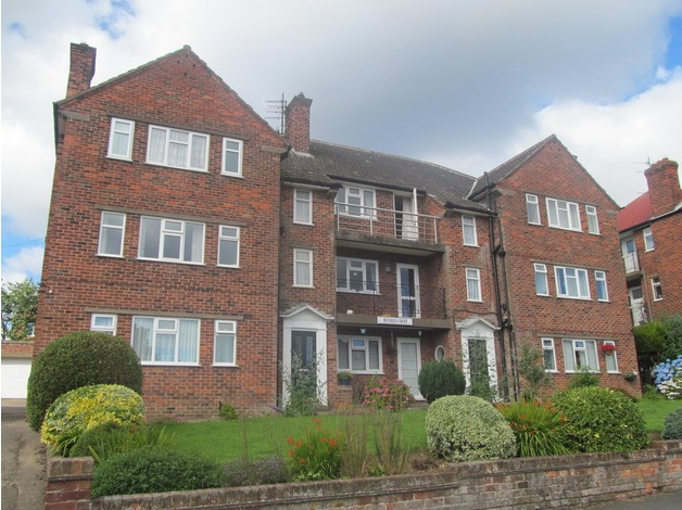 1 bedroomed flat to let Weydale Court, Scarborough in Filey
