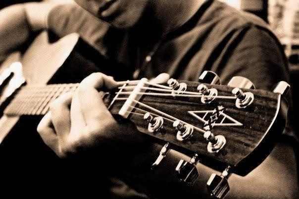 Guitar Lessons - £10. in 