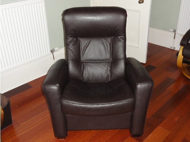 Brown Leather Recliner Armchair in Glasgow