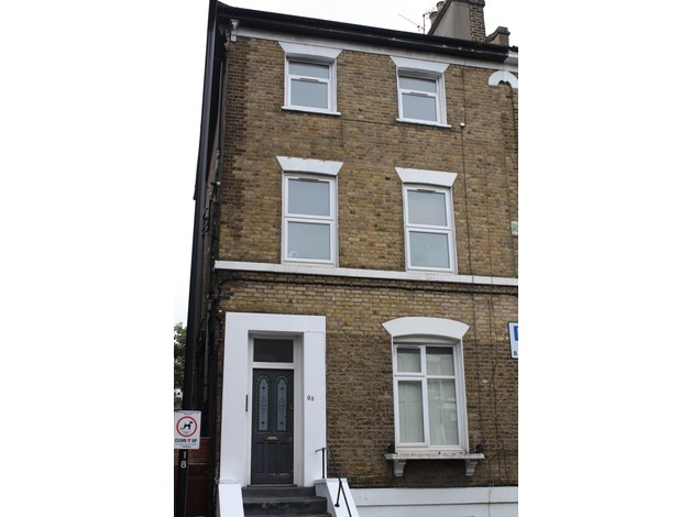 Beautiful Large Unfurnished 1 Bedroom Flat in Hackney