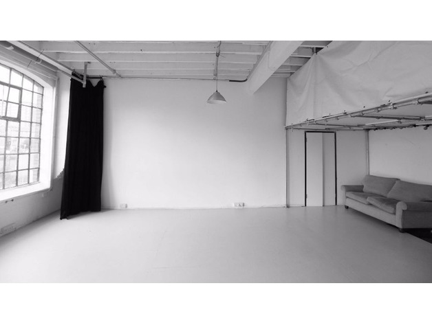 HUGE, AMAZING WAREHOUSE STUDIO in HACKNEY for office space rental or photoshoots! 2-3 MONTH LET!