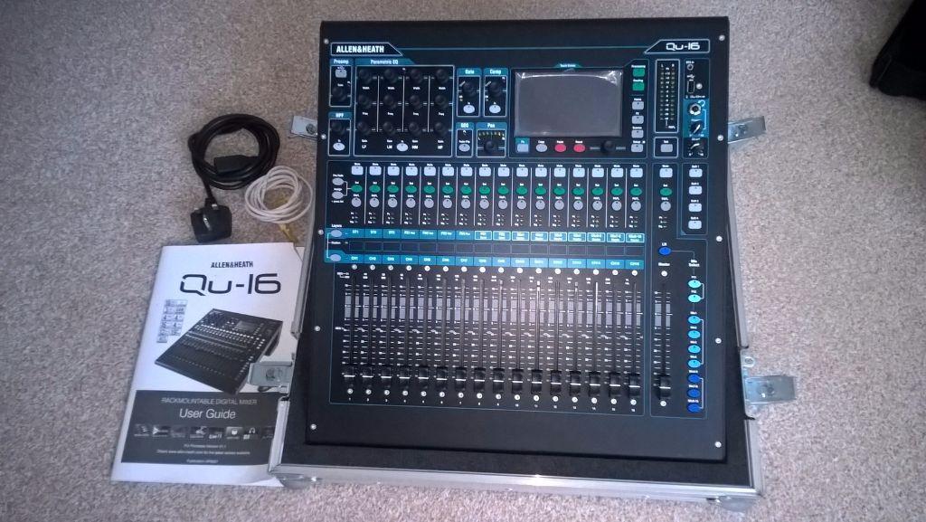Allen & Heath QU16 Digital Mixing Console with flight case in  Southampton