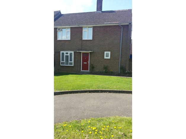 large bedrooms 3 bed house Eot, South facing always light! in Hemel Hempstead