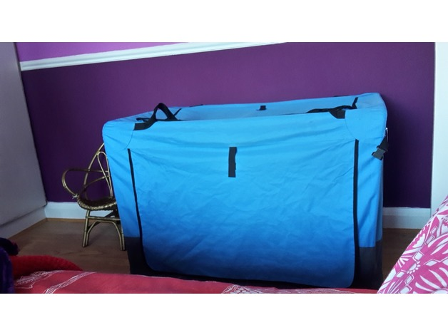Portable Pet/Dog carrier/ Travel Kennel in Ilkeston