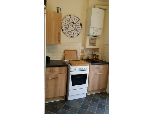 2 bed house in Bromley BR1 for 1 bed property with private garden in Lewisham