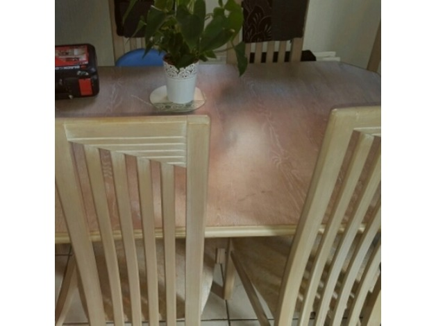dinning table and 6 chairs in Manchester	 - 1