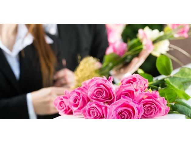 Floral Arrangements with Funeral Service in Manchester