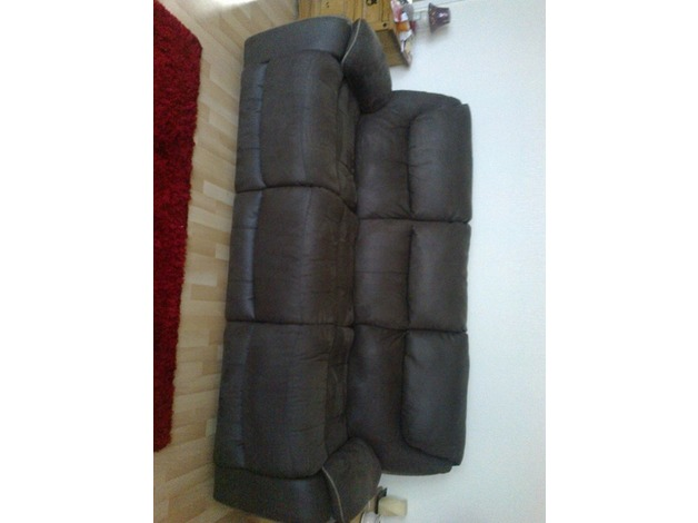 2 x 3 seater reclining sofas in Newcastle Upon Tyne