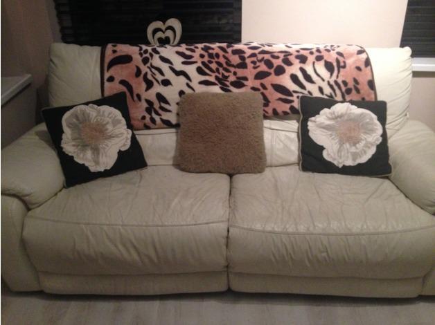 Cream leather suite 3+2+1  in Newport