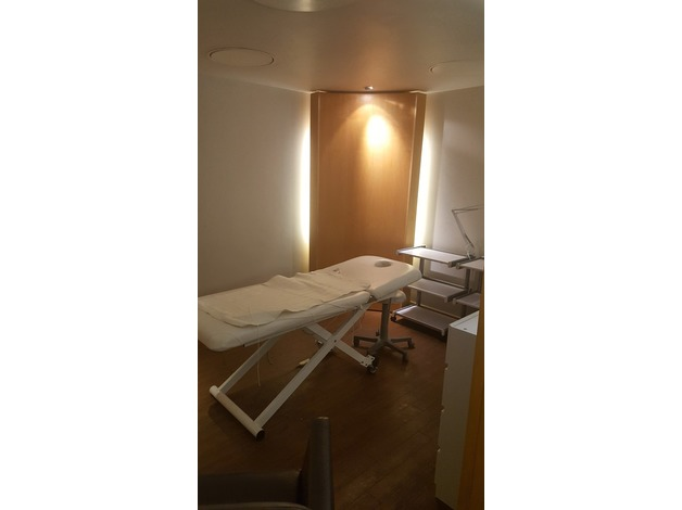 Beauty or Hairdressing rooms available for rent at Spirit Health Club Oxford in Oxford