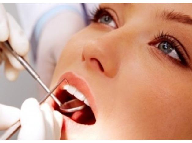 Periodontist in chigwell | Treatment of gum disease in Redbridge
