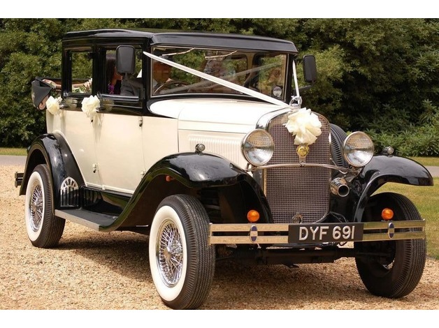 Chauffeur driven wedding cars Bournemouth, Poole, Christchurch, Wimborne, Ringwood - vintage and