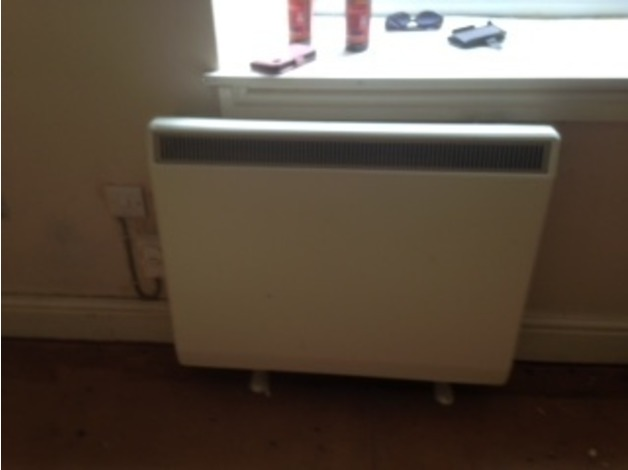 ELECTRIC NIGHT STORAGE HEATER FREE in Saundersfoot