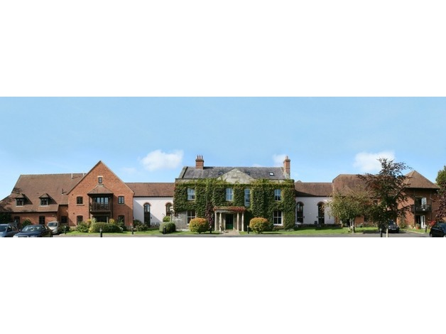 Luxury 2-bedroomed apartment for sale in beautiful Motcombe Grange retirement development in Dors