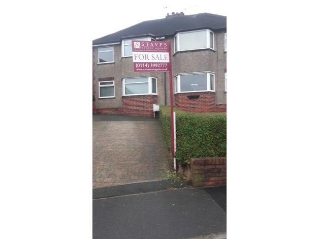 3 Bedroom semi detached house  in Sheffield