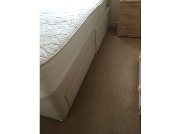 Kingsize Bed  in Southsea