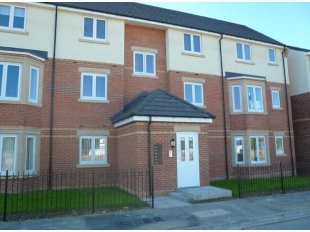 2 bedroom apartment in new block on popular residential estate in Stockton on Tees. in Stockton O