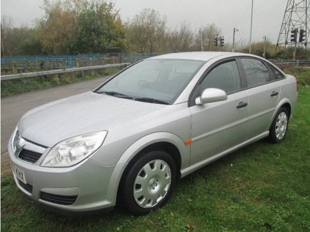 Vauxhall VECTRA, 2007 (07), Manual Petrol, 99,912 miles in Warrington