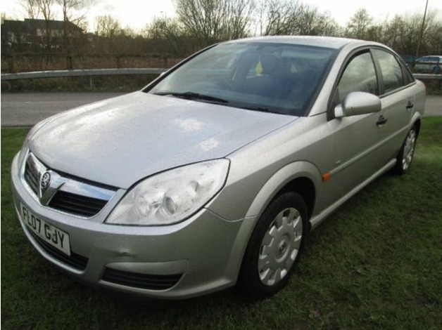 Vauxhall VECTRA, 2007 (07), Manual Petrol, 120,000 miles in Warrington