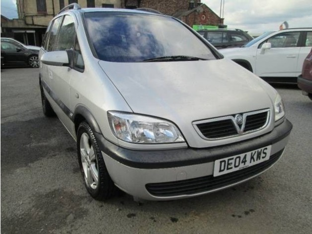 Vauxhall ZAFIRA, 2004 (04), Manual Petrol, 94,000 miles in Warrington