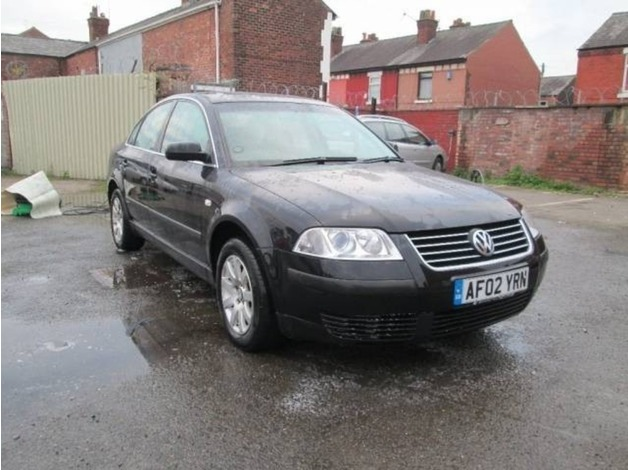 Volkswagen PASSAT, 2002 (02), Manual Diesel, 124,000 miles in Warrington