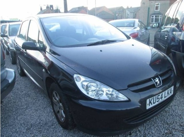 Peugeot 307, 2004 (54), Manual Petrol, 70,000 miles in Warrington