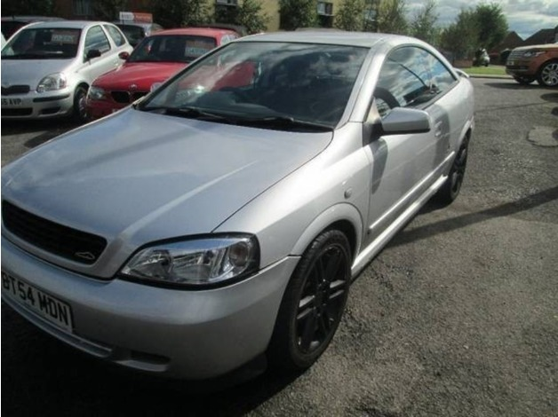 Vauxhall ASTRA, 2004 (54), Manual Petrol, 89,562 miles in Warrington