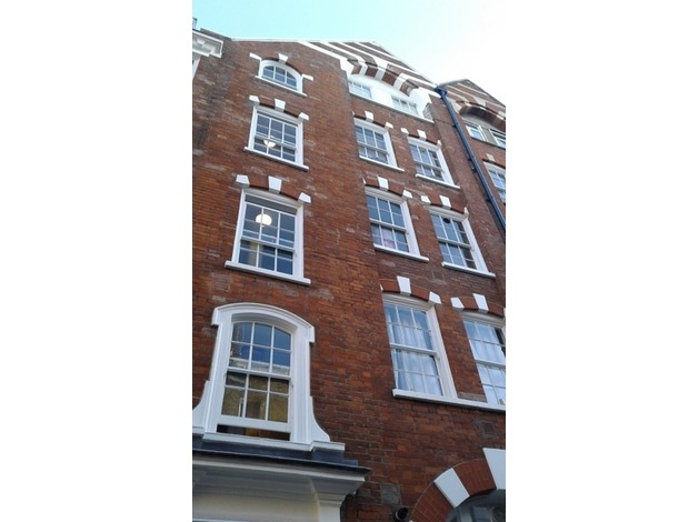 London W1 Fitzrovia.  I Bed Flat For Sale.  Ideal Investment.   in Westminster