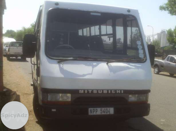 2000 MitsibishI Canter Bus R 99 000 in Newcastle