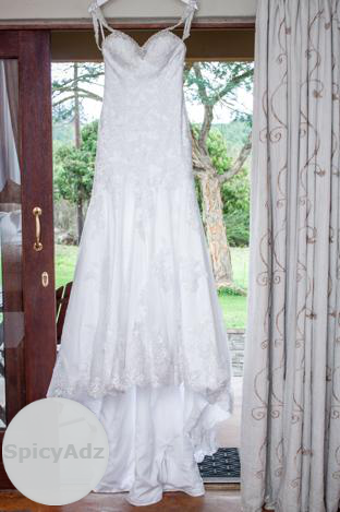 Wedding Dress Essence Of Australia For Sale in Nelspruit