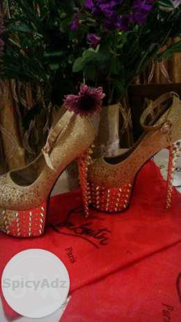 Gold Stilettos with spikes. in Nelspruit