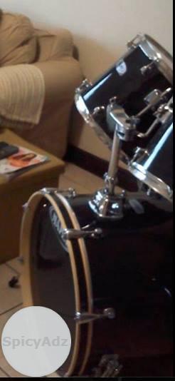 MAPEX 5 Piece Drum set in Kimberley