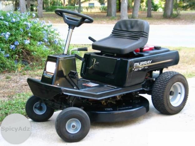 Quiet running briggs Stratton avs engine lawn mower in Kimberley
